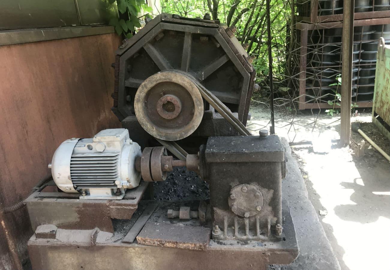 Галтувальний барабан для очищення дрібного і середнього лиття з обсягом завантаження 300 - 500 кг