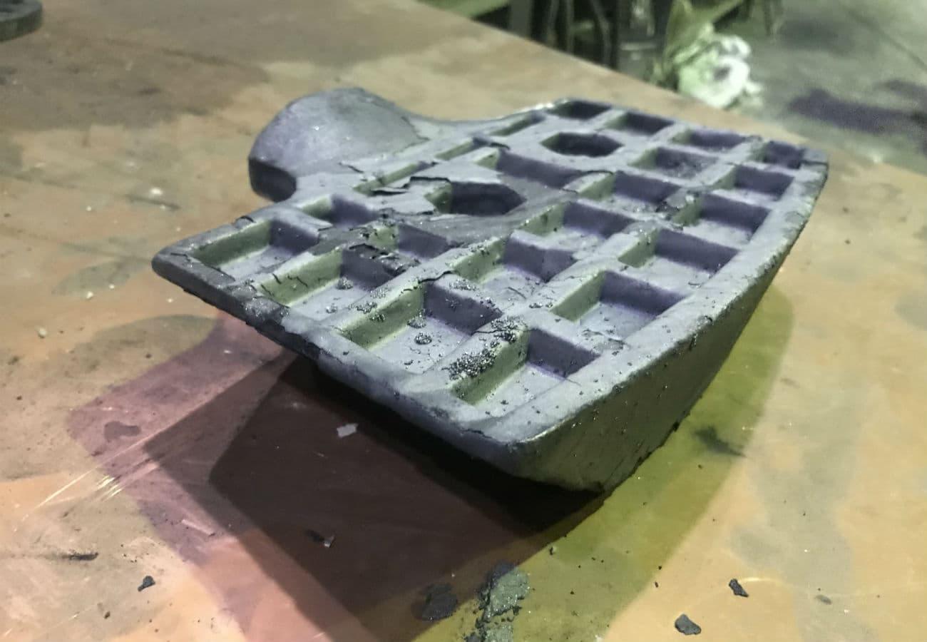 Изготовление лопаток для мешалки из износостойкого чугуна на заказ