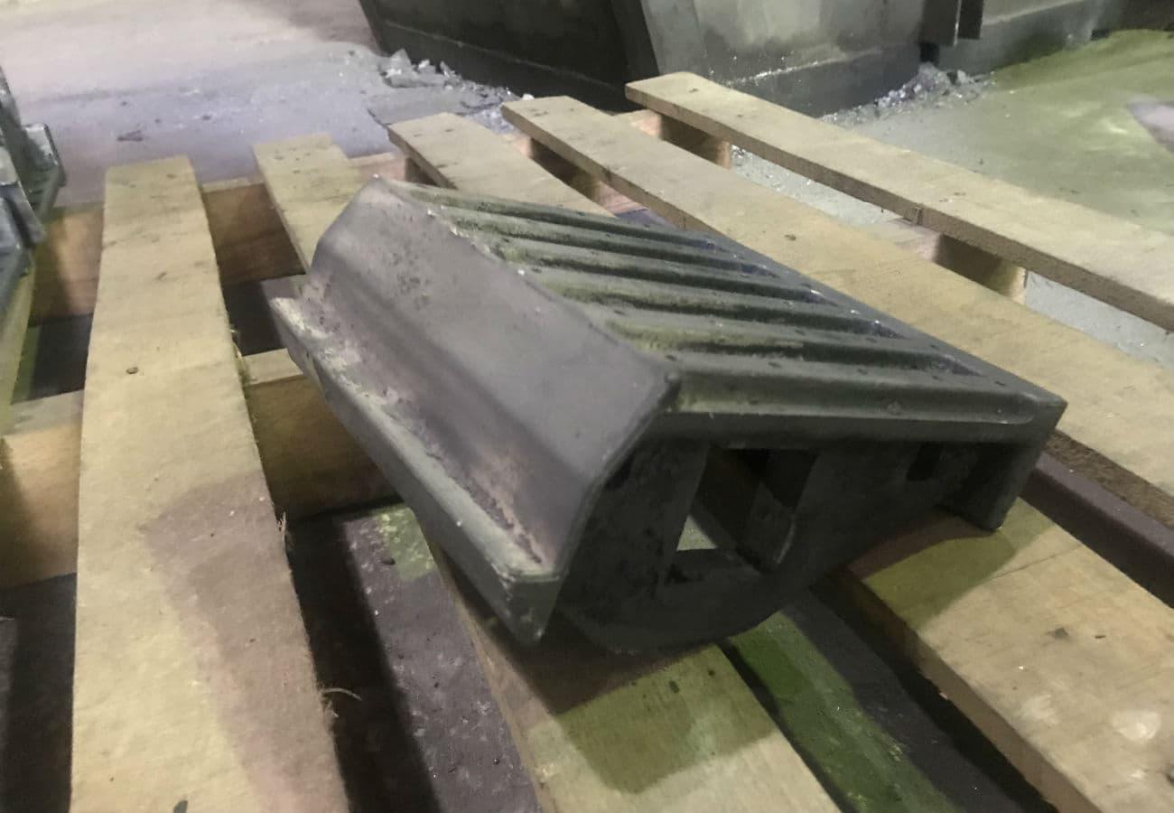 Изготовление колосника для твердотопливных котлов из жаропрочного чугуна марки ЧХ3 на заказ