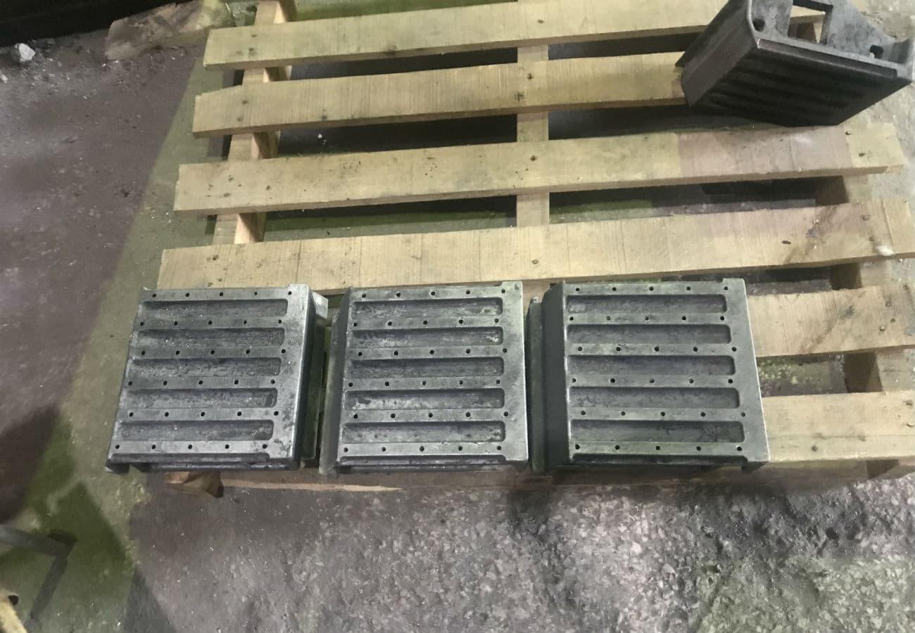 Изготовление колосника для твердотопливных котлов из жаропрочного чугуна марки ЧХ3 под заказ