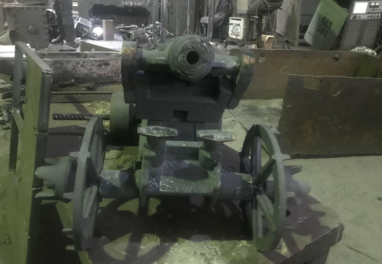 Изготовление макета пиратской пушки из чугуна на заказ