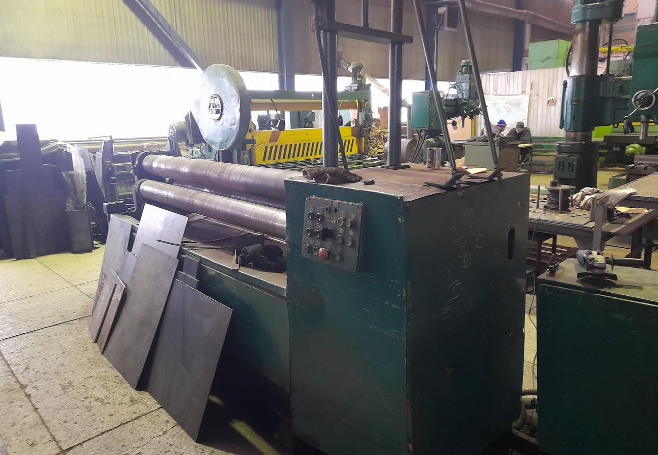 Устаткування для вальцювання листового металу з високою точністю
