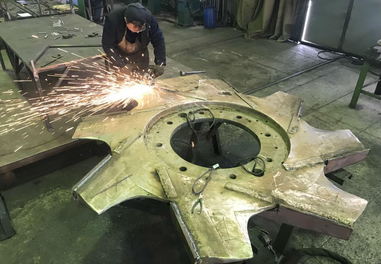 Відновлення поверхні фрези для різання пресованої макулатури