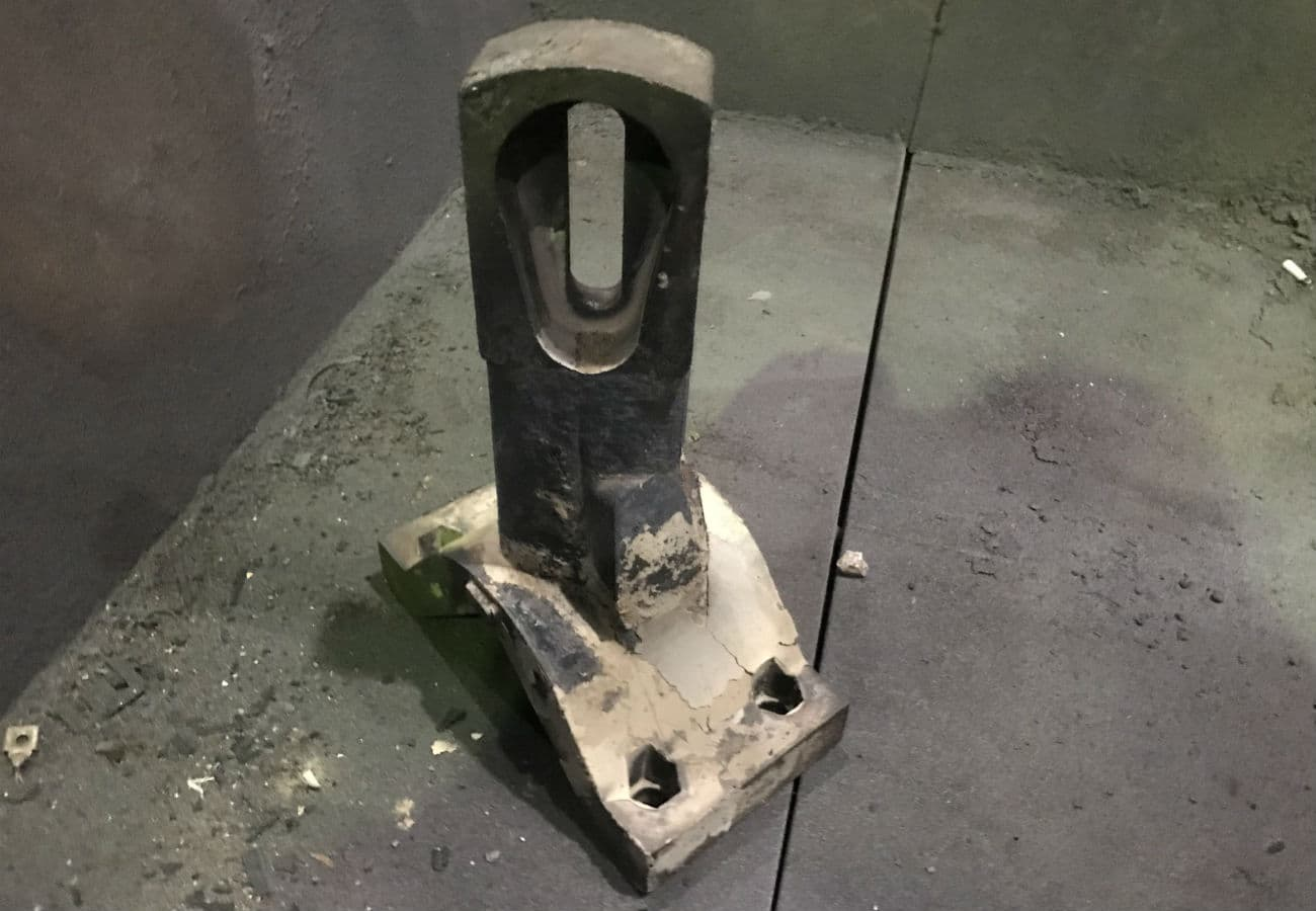 Виготовлення сталевої стійки мішалки вагою 24 кг на замовлення