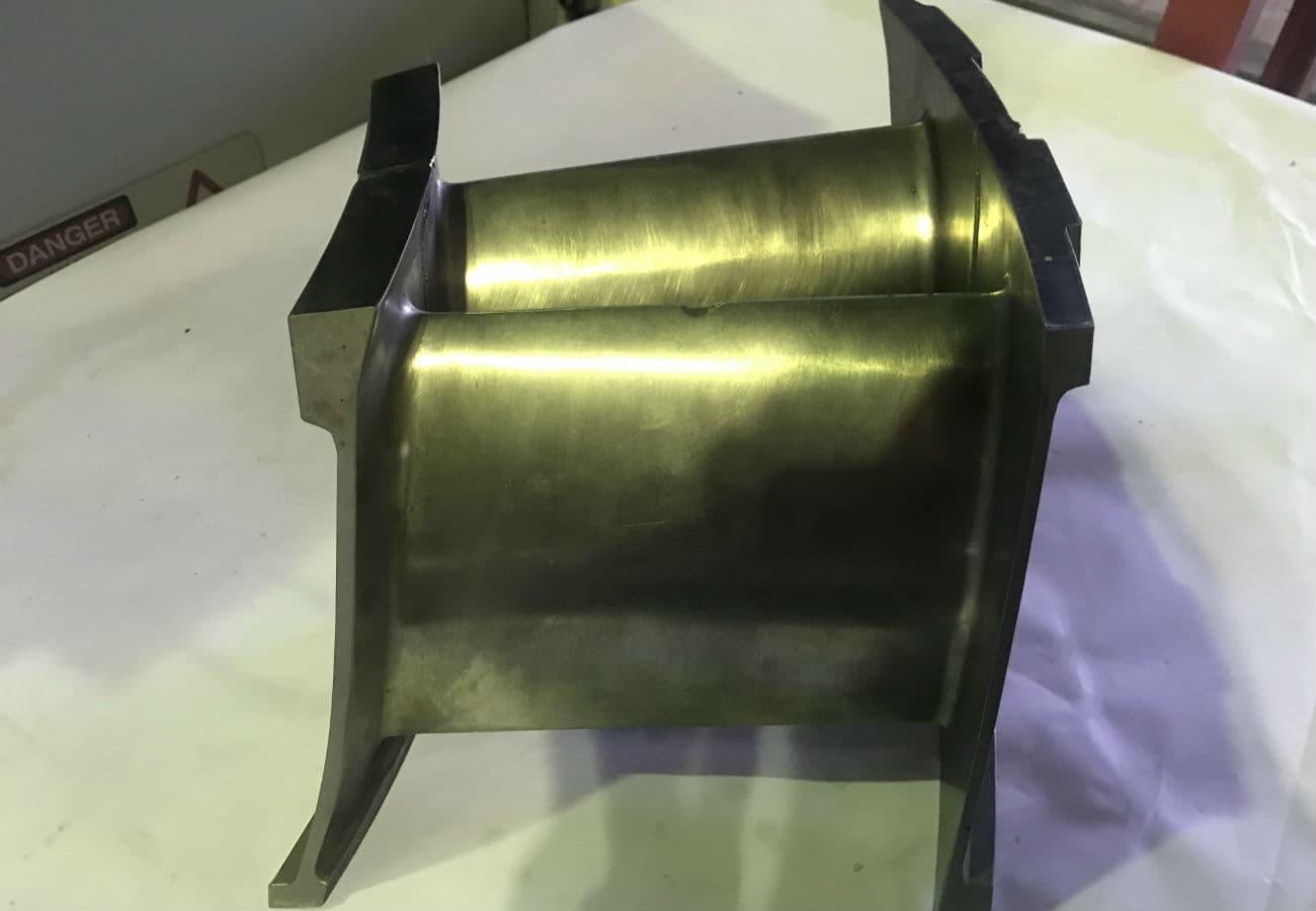 Лопатка турбіни зі сталі